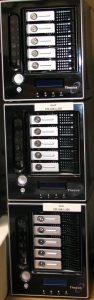 Thecus NAS System mit je 5 Festplatten