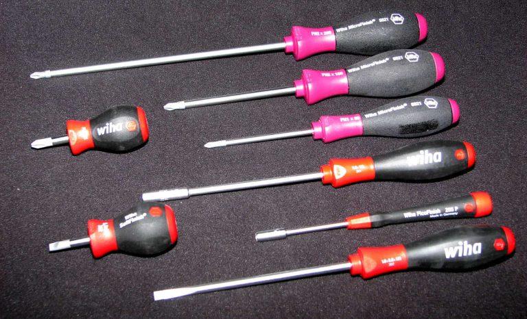 Werkzeug zum PC-Bau