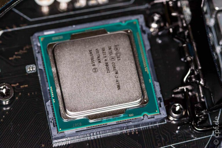 Wir bauen einen Computer – Mainboard, Prozessor und CPU-Kühler 2/3